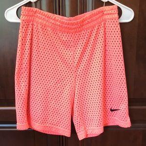 Nike Girls Basketball Shorts (Size: L)